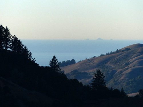 Farallon Islands from Russian Ridge