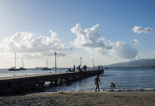 beach silhouette jump anseàlane pscs6 edited2014 97troisilets