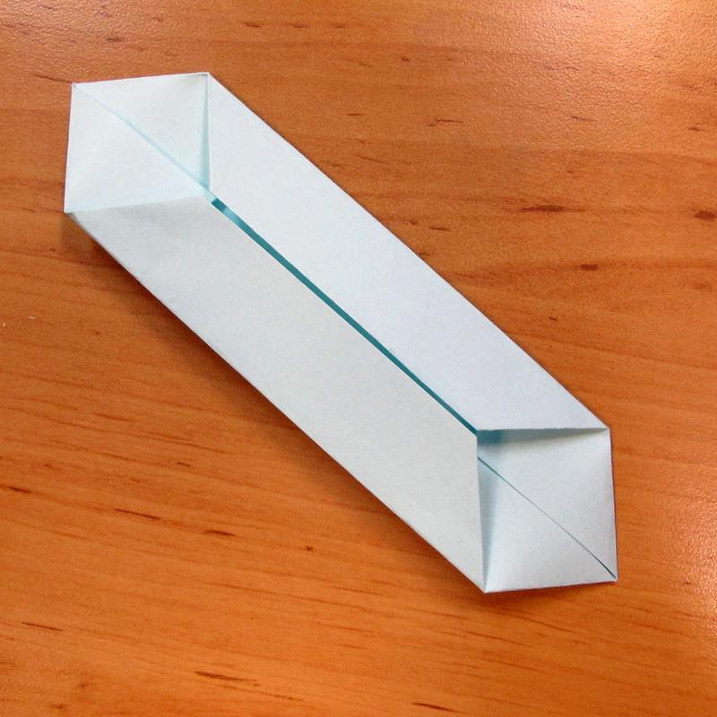 วิธีการพับกระดาษเป็นดอกบัวแบบแยกประกอบส่วน 011