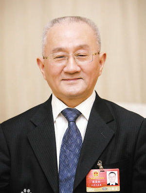 Prof Yusheng Xue