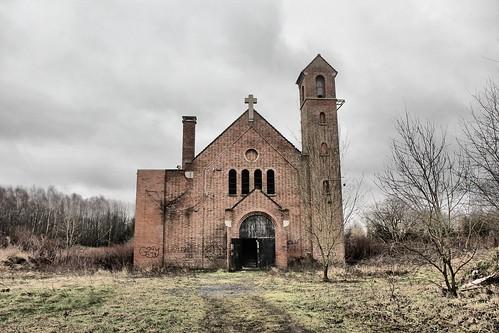 Eglise Saint Ghislain 1950 - 2014