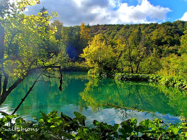 Hiking around Plitvice Lakes