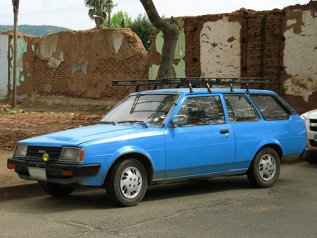 Corolla (E70) - Toyota