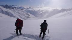Przed nami zjazd lodowcem Oberaargletscher,  do jeziora Oberaarsee.
