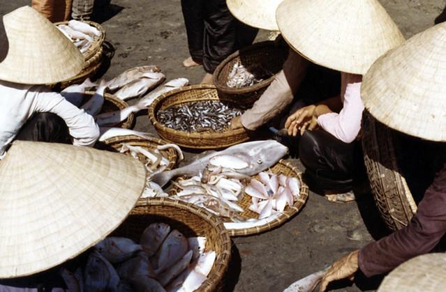 Ky Hoa fish market 1970