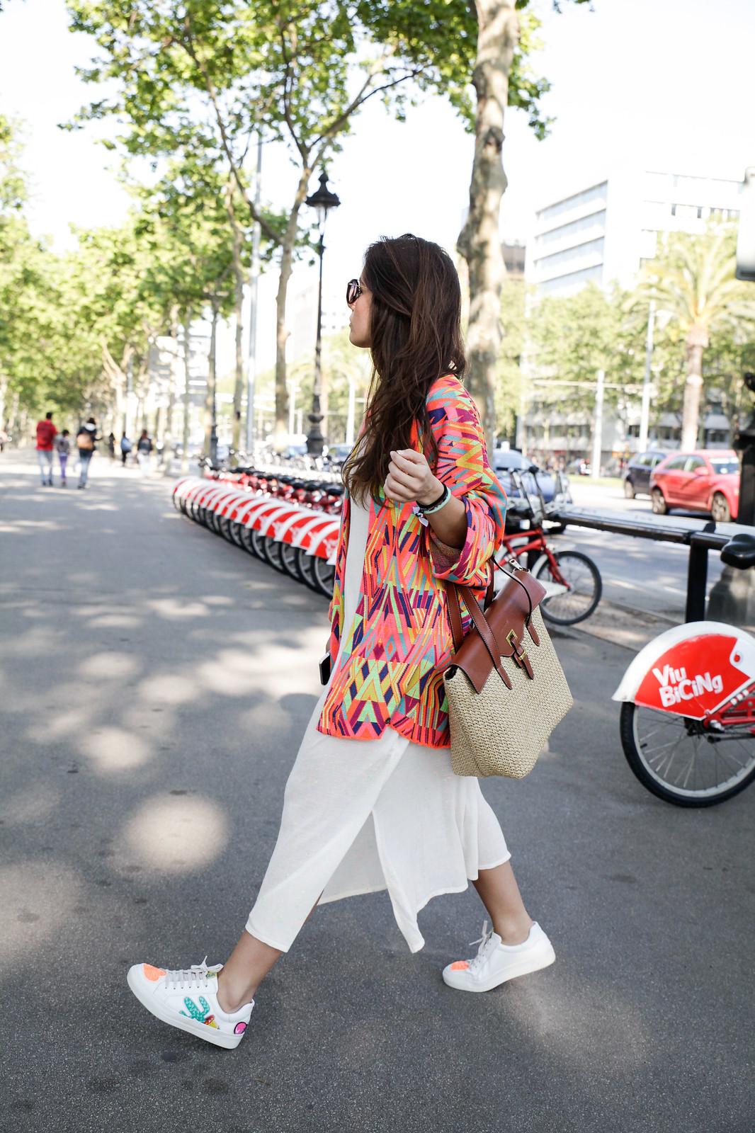 01_kimono_look_street_style_barcelona_theguestgirl_pepe_moll_ruga_caroline_svedbom_kapten_son