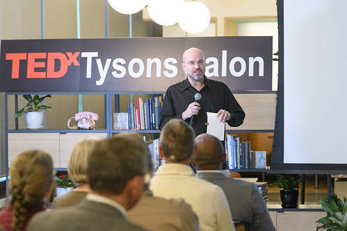 064-TEDxTysons-salon-20170419