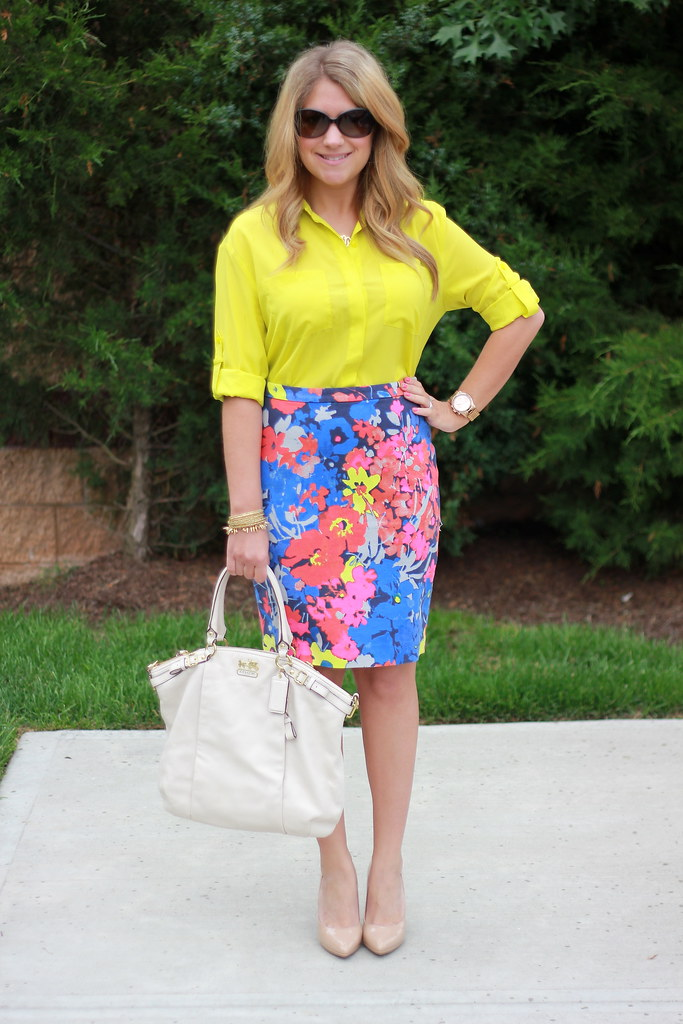 floral skirt yellow top spring summer business casual work outfit