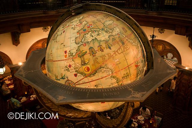Tokyo DisneySea - Mediterranean Harbor / Magellan's / Globe detail