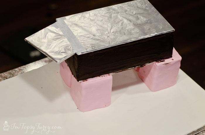 minecraft-cake-tutorial-pig-build-body