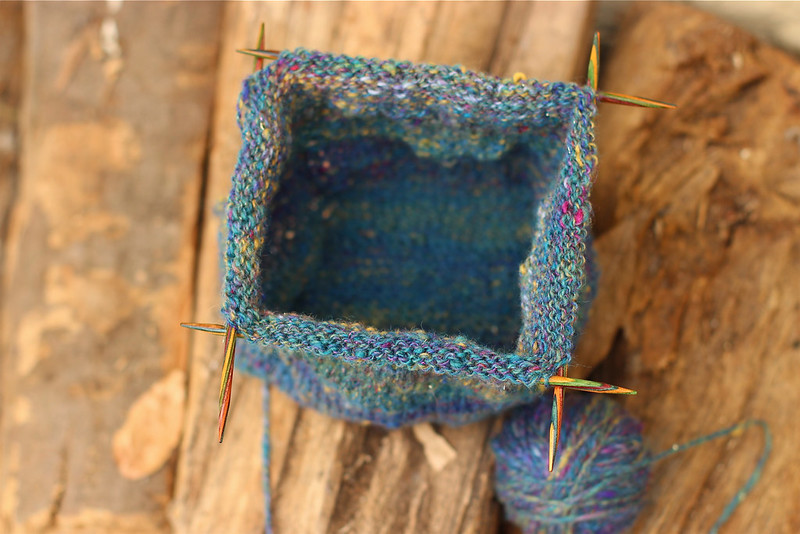 Spinning Wheel Pouch