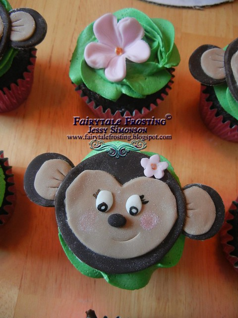 BLOG Monkey Cupcakes