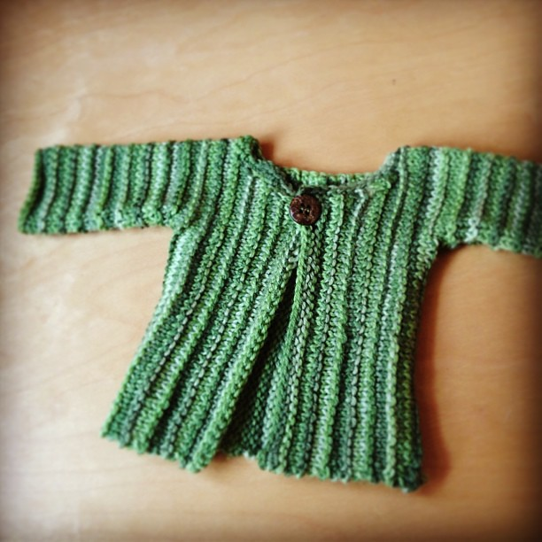 Tiny sweater. #babyknits #finallyfinishing
