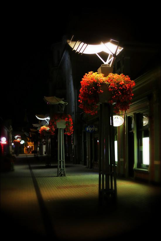 Интересные уличные светильники