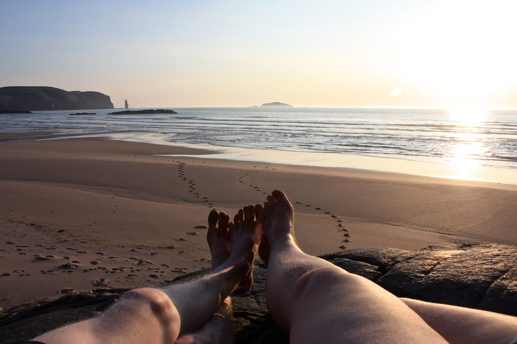 Chilling out in the late evening sun, Sandwood Bay