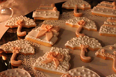 baking, baked goods, cookies and crackers, food, icing, snack food,