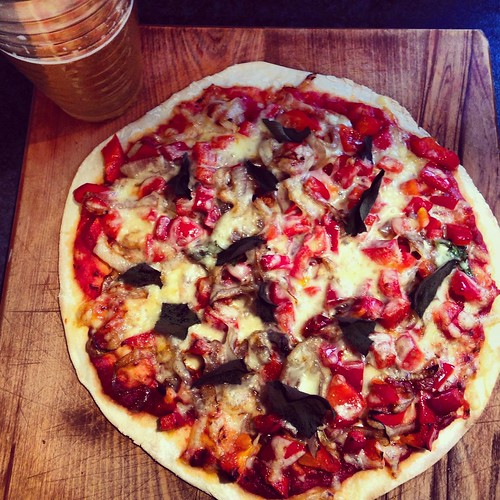 pizza made with fresh ingredients from the Dunedin farmers market