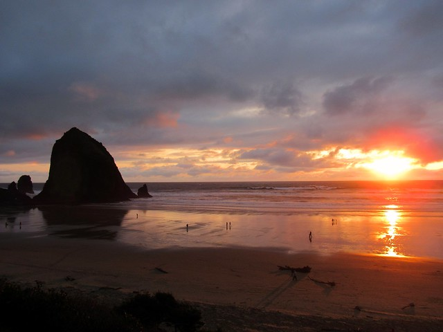 Sunset at Haystack Rock, Canon POWERSHOT SX530 HS