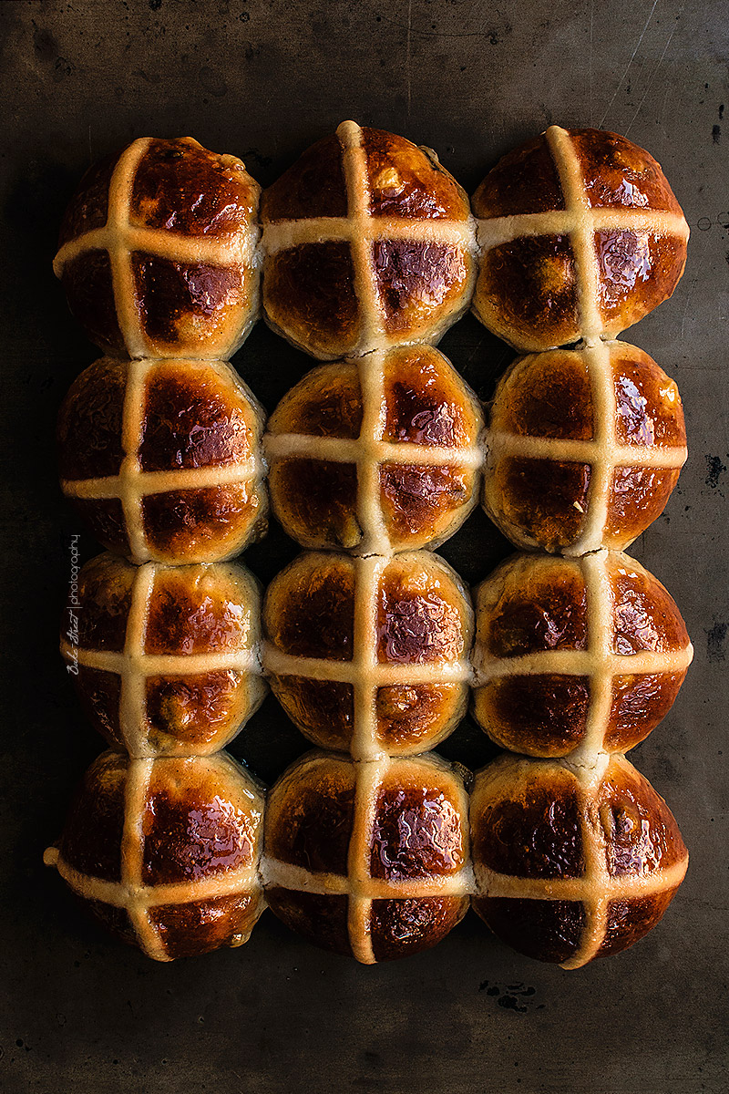 Hot Cross Buns {Easter buns}