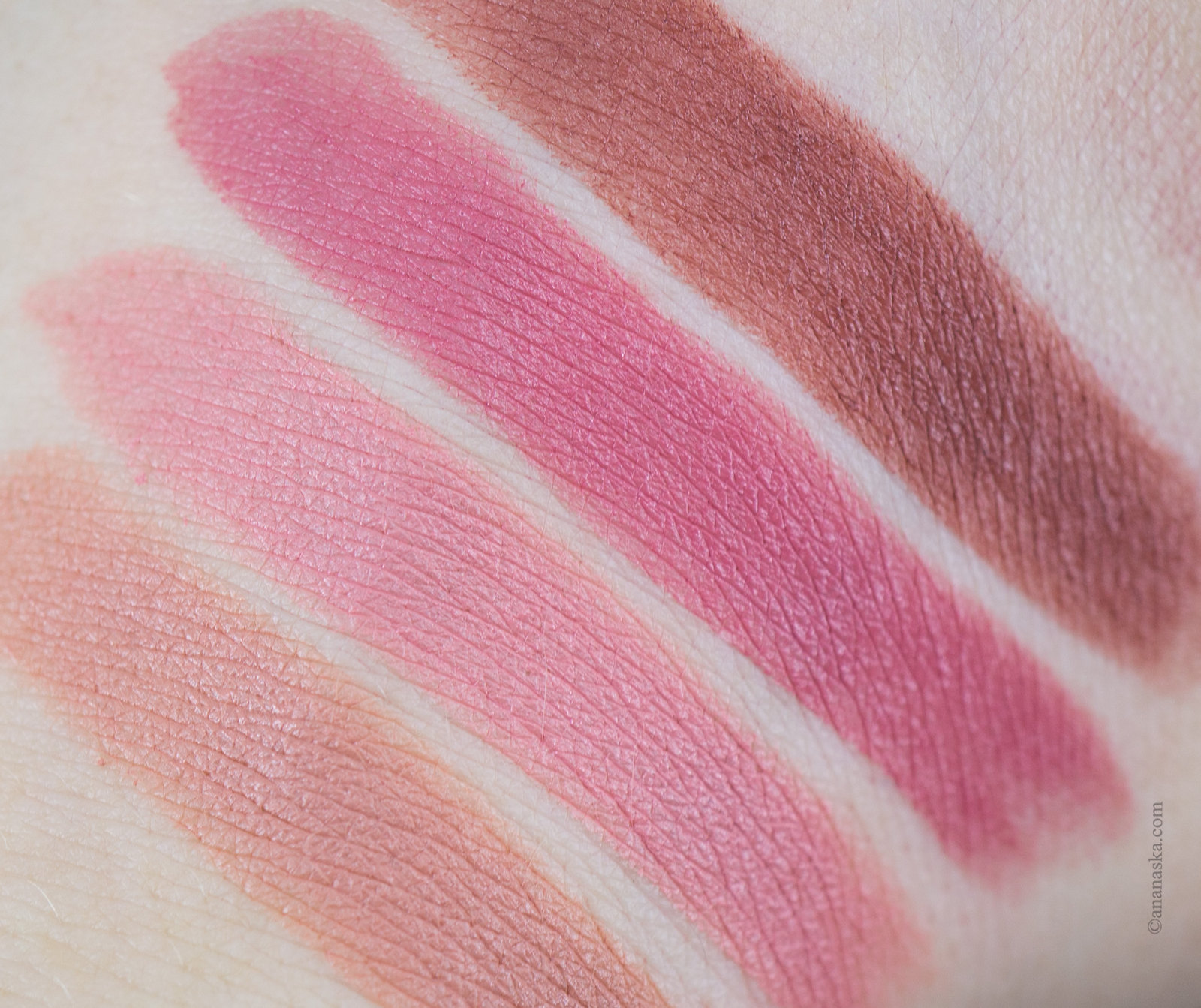 Maybelline Color Sensational Matte: 982 Peach Buff, 983 Beige Babe, 987 Smoky Rose, 988 Brown Sugar