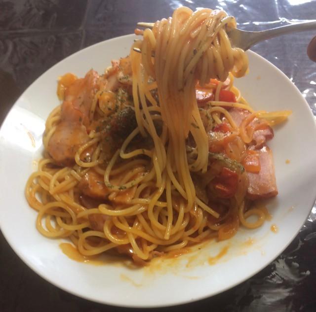 Spaghetti Naples tongue