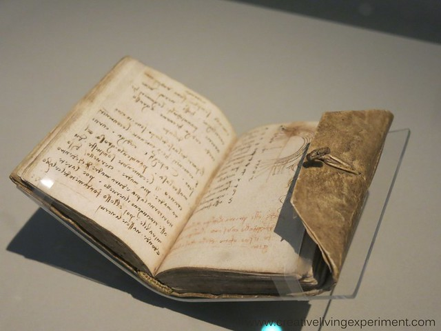 da Vinci Notebook, V&A Museum