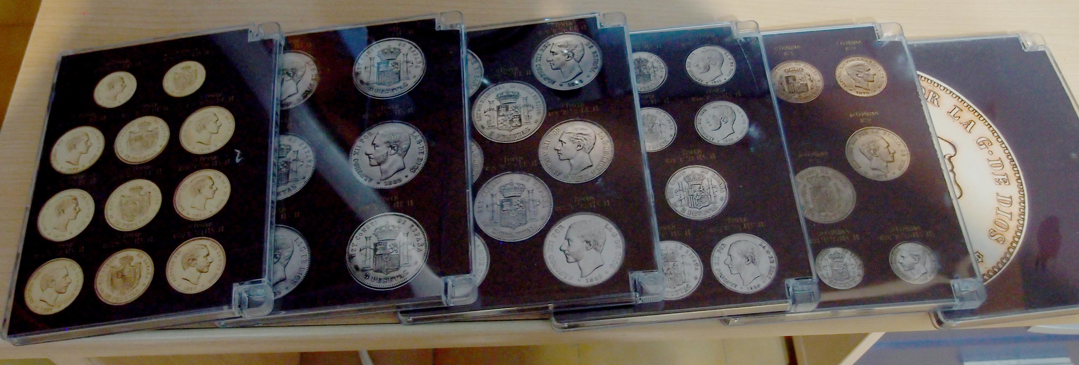 Coleccion Alfonso XII y Monetario 9057800582_11d576da2a_o