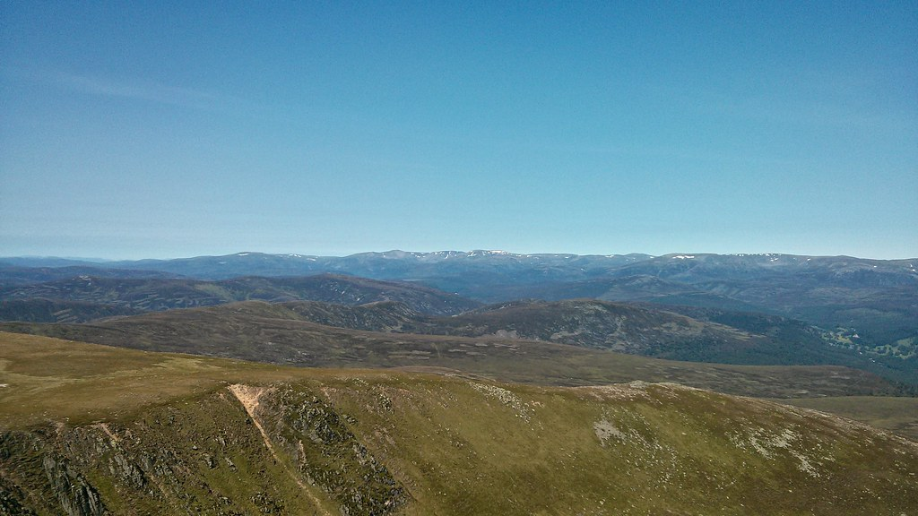 Cairngorms from the Stuic