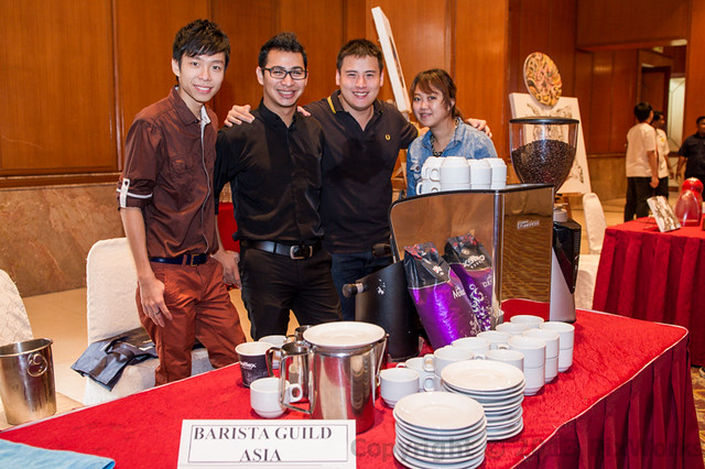MBC 2013 Champion Jason Loo (on LHS) with Barista Guild Asia's Trainers