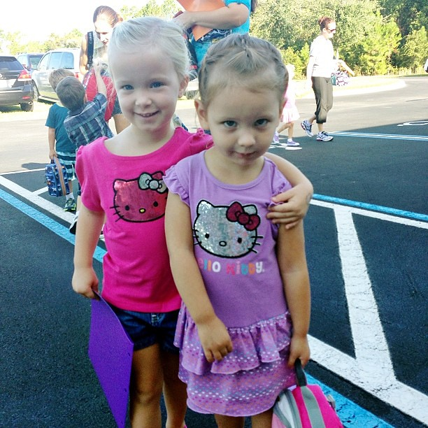 Twins! Peyton was excited to walk her little friend into her first day of school ever.  @robju