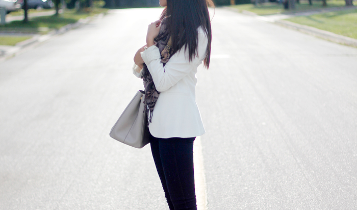 Structured blazer and textured scarf (3)