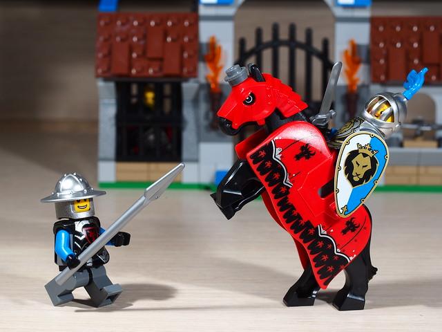 P9085218 LEGO 70402