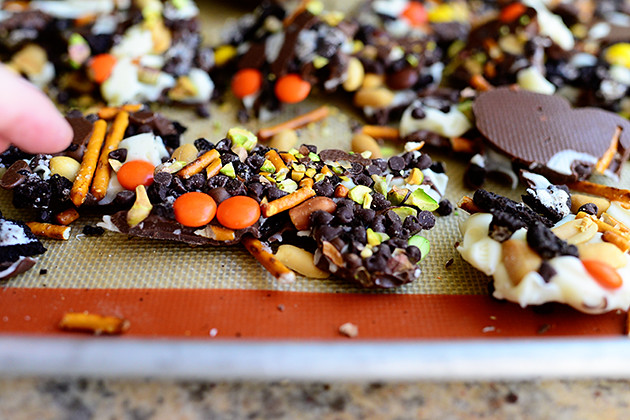 Halloween Graham Cracker Bark