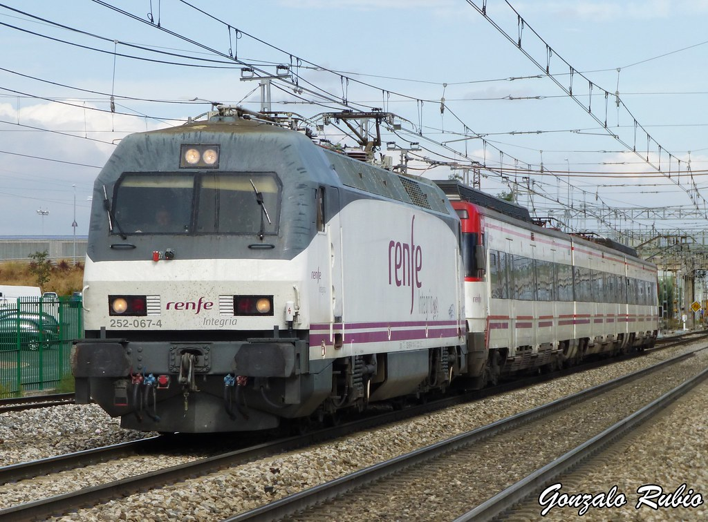 Circulaciones Especiales, Locomotoras de Renfe Integria 10207131893_c951b8e7e2_b
