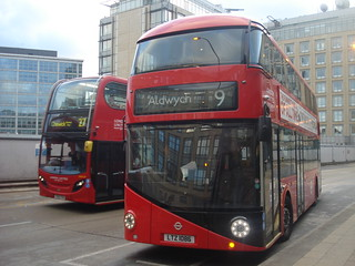 London United LT86 on Route 9, Hammersmith