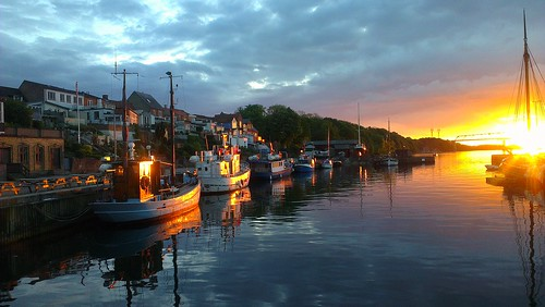 sunset water reflections denmark boats colours danmark habour middelfart