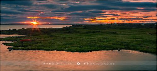 light sunset cloud sun lake water clouds canon landscape star evening iceland warm glow colours view dusk glory wide sunburst viewpoint meijer henk lakemyvatn floydian canoneos1dsmarkiii henkmeijer