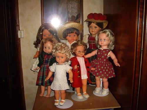 Les poupées de ma maison  11367983633_6e26f0ee51