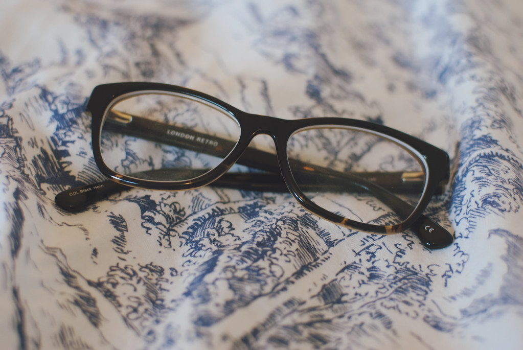 london retro glasses review and giveaway