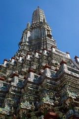 Wat Arun, the temple of dawn, on the banks of the Chao Phraya river in Bangkok, Thailand