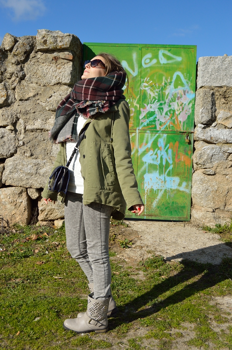 lara-vazquez-madlula-blog-fashion-style-green-parka-winter-season