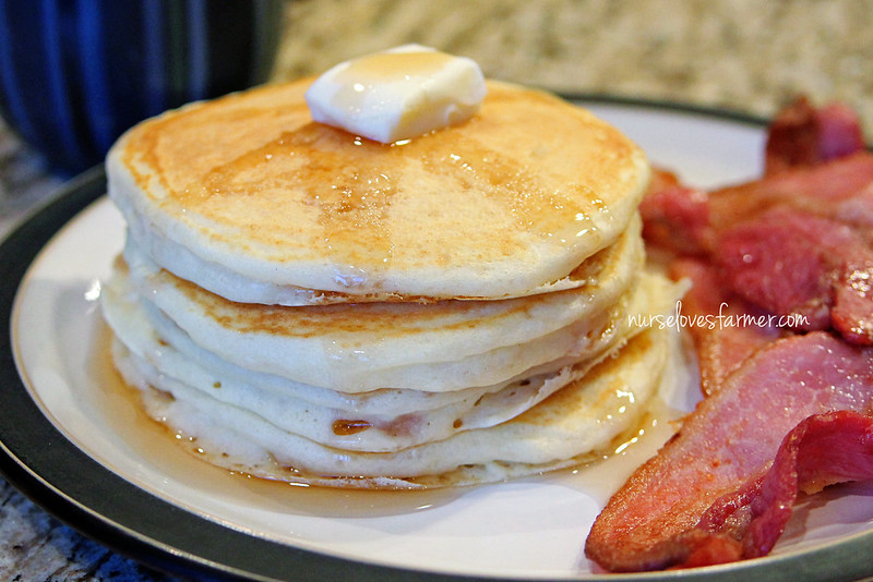 Farm Wife Buttermilk Pankakes