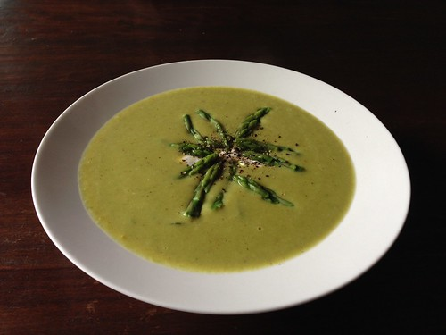 Curried asparagus and kaffir lime soup