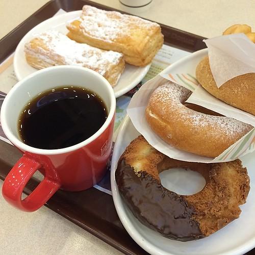 ☕️ #coffee #donuts
