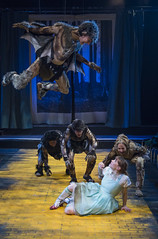 Tue, 2017-03-21 15:59 - Ben Hertel as the Monkey King, Kara Davidson as Dorothy, with Elana Elyce, Carlos Olmeda, and Tina Munoz Pandya.  Fly Rigging by Chicago Flyhouse