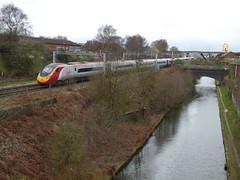 Spon Lane South, Smethwick - West Coast Mainline and BCN New Mainline Canal - Virgin Trains Pendolino