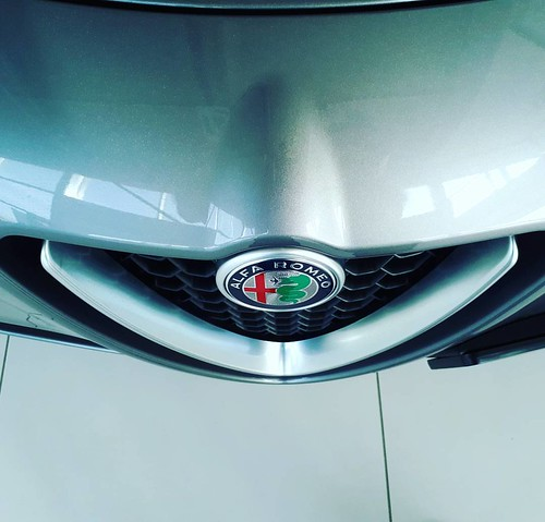 Prvi Alfa Romeo terenac #Stelvio je stigao u #NoviSad #AlfaRomeo #Veloce #Q4 #4x4 #SUV @stojanovauto