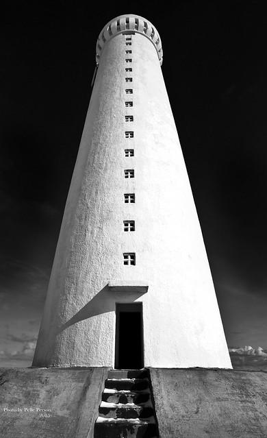 Lighthouse Iceland B W, Canon EOS 5D MARK II, Sigma 20mm EX f/1.8
