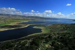 Lago Qaraoun