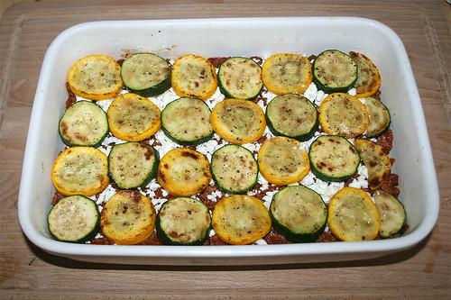 52 - Mit Zucchini belegen / Cover with zucchini